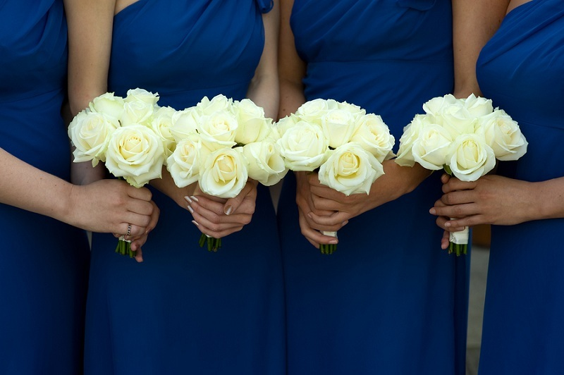 Delegate Your Wedding Tasks to Friends and Family