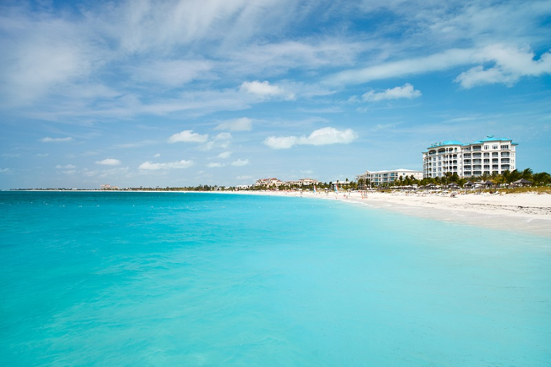 World best Grace bay beach at Providenciales on Turks and Caicos
