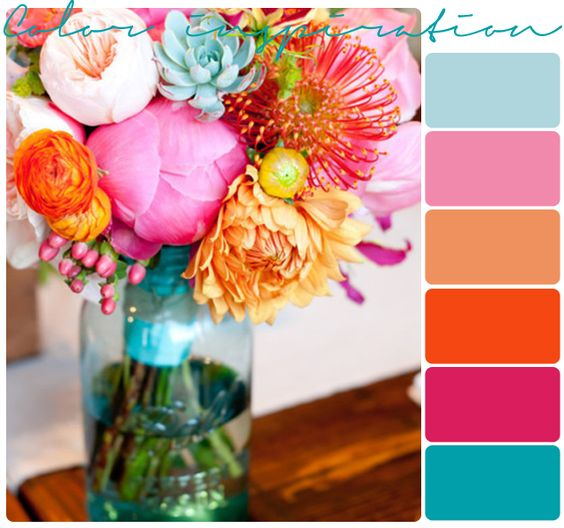 Bright wedding colors for Beach Wedding