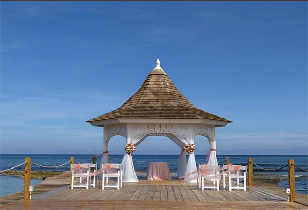 Jamaica Weddings | Destination Weddings | Beautiful Ocean Wedding