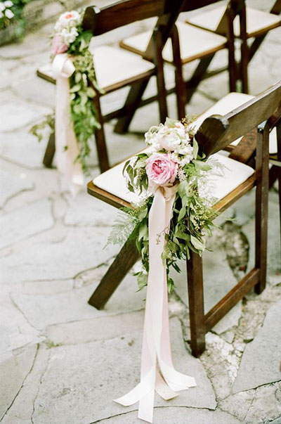Wedding Flower Ideas | Pew Markers for Spring Weddings