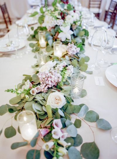 Wedding Flower Ideas | Boho-Chic Reception Floral Decor