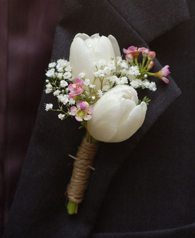 Wedding Flower Ideas | Tulip Boutonniere