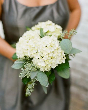 Wedding Flower Ideas | Spring Bridemaids Bouquets