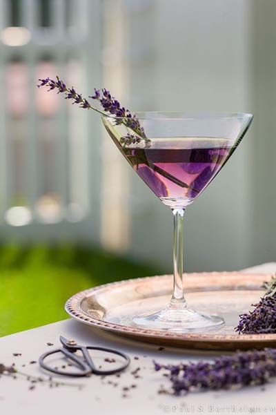 Include Mom in Wedding | Signature Cocktail to honor Mother