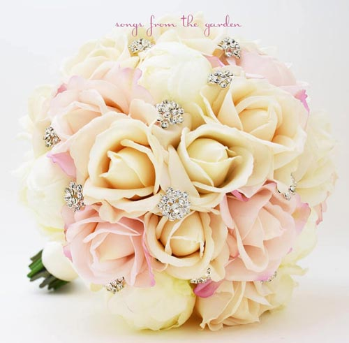 Celebrity Wedding Photos and Ideas: Blush and Ivory Rose Bridal Bouquet
