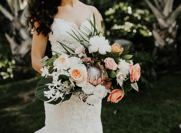 Tropical Coral Bridal Bouquet | Coral Wedding Ideas | Pantone Color of the Year | Peach Weddings