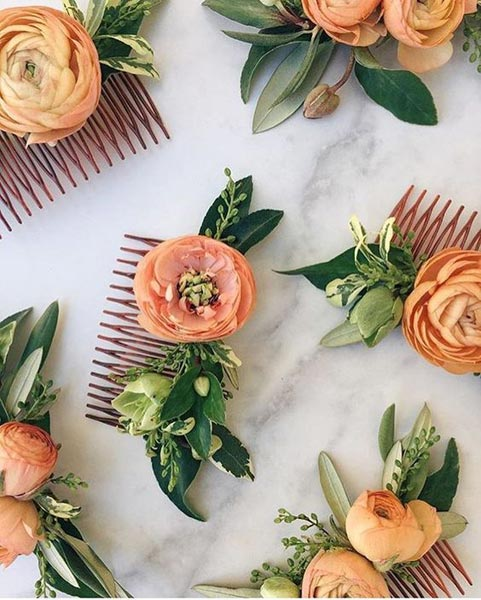 Coral Hair Clips | Coral Wedding Ideas | Pantone Color of the Year | Peach Weddings