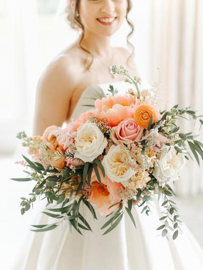 Oversized Coral Bridal Bouquet | Coral Wedding Ideas | Pantone Color of the Year | Peach Weddings